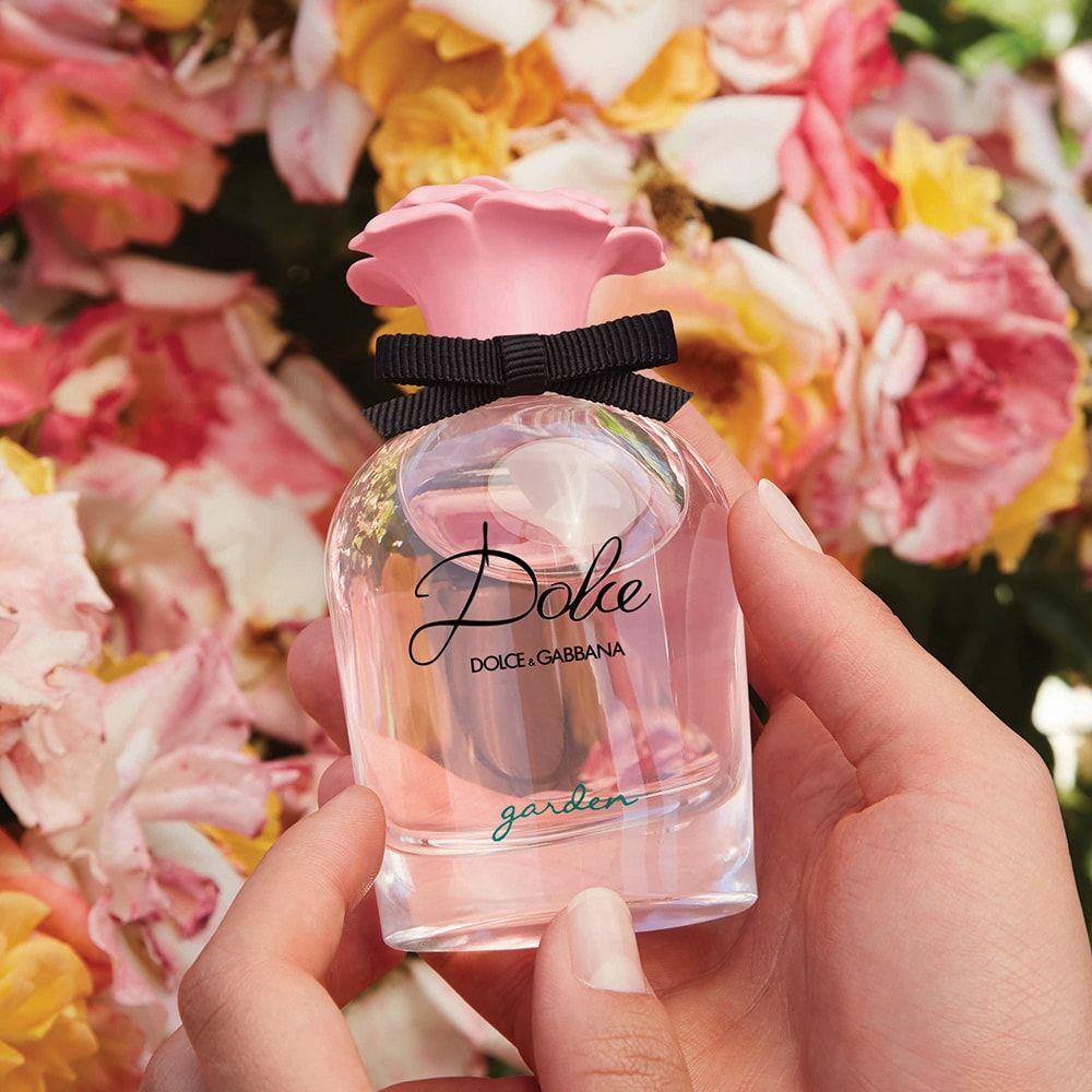 5 лучших ароматов для юной девушки