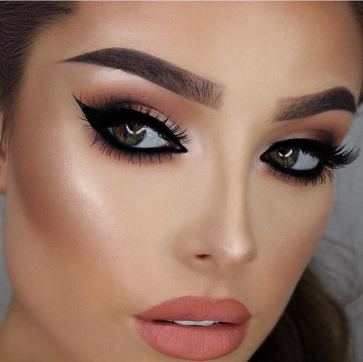 Как сделать макияж глаз более ярким