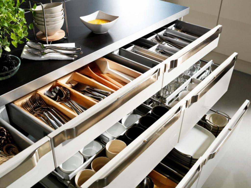 Советы по организации хранения кухонных приборов и продуктов