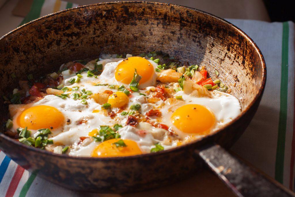 Вы едите яйца на завтрак? Узнайте, чем это грозит вашему здоровью