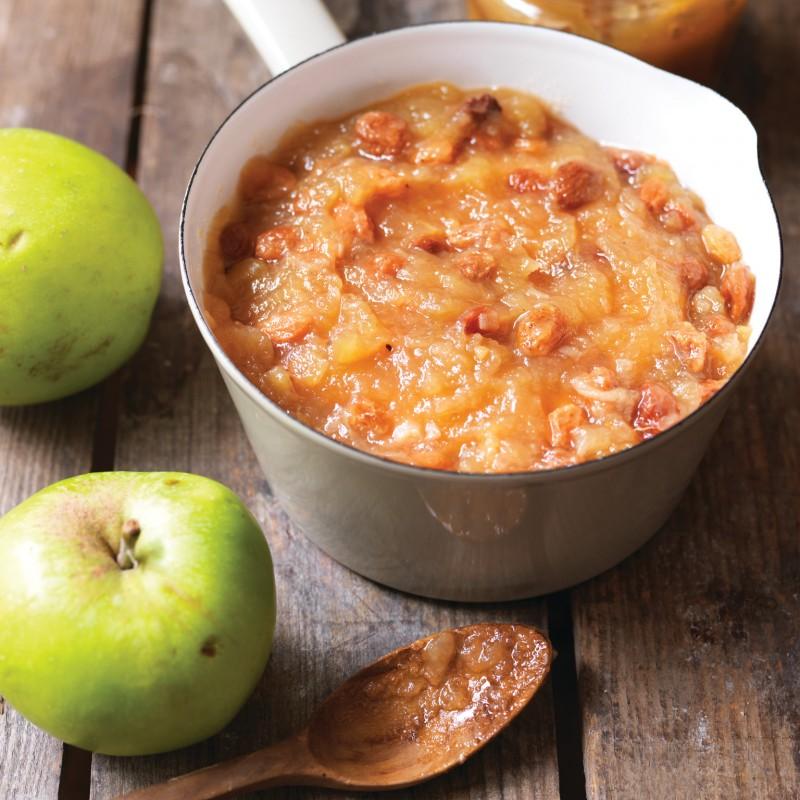 Что приготовить из яблок: топ-5 рецептов