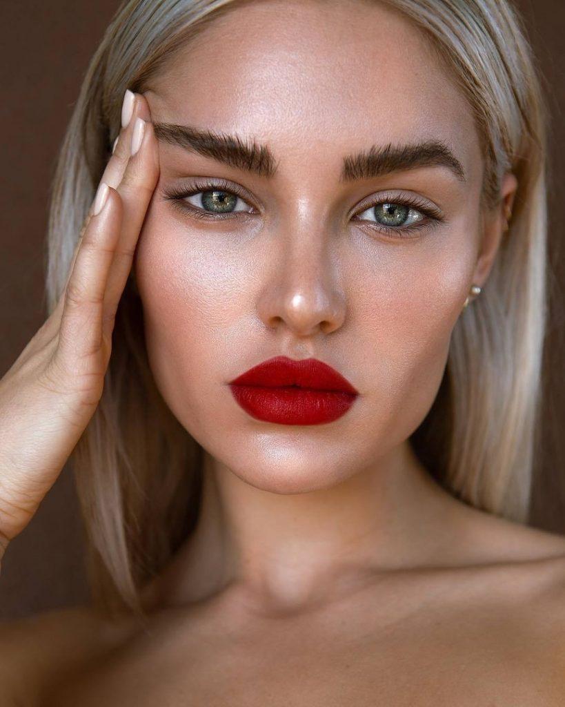 Тенденции макияжа весна 2020