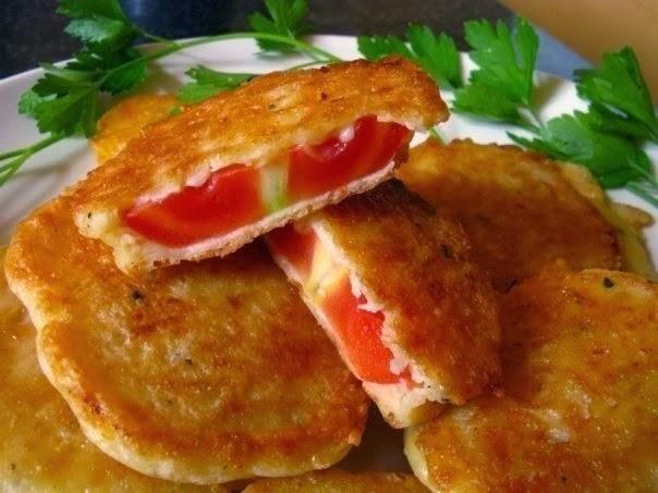 Оригинальная закуска – помидоры в остром сырном кляре