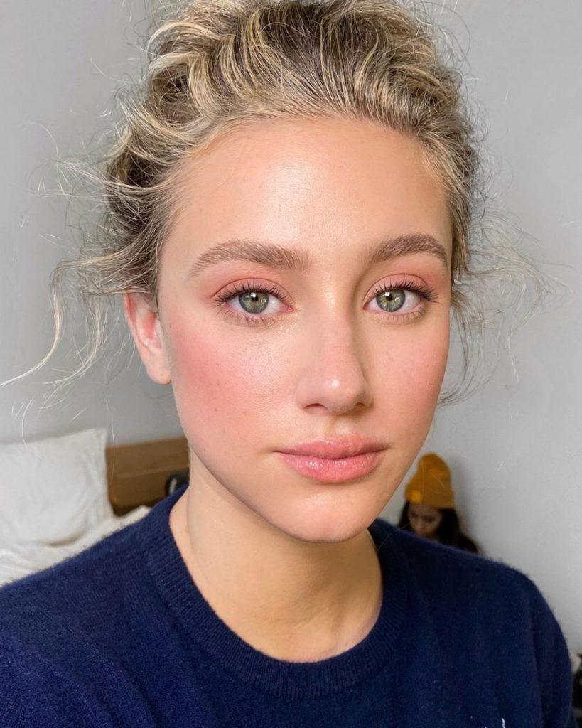 Макияж без макияжа - главный тренд сезона