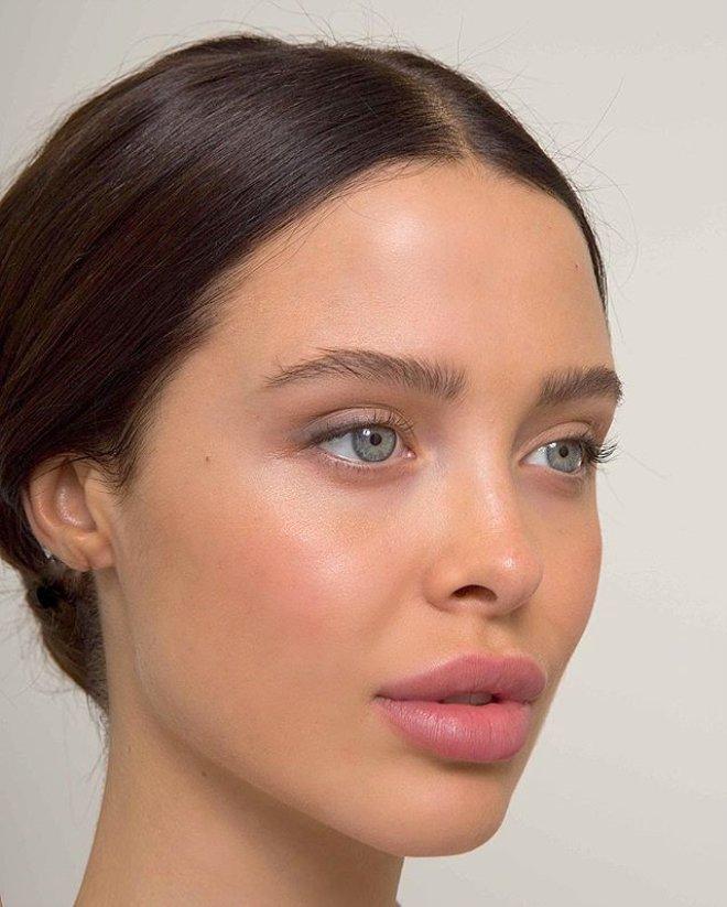 О характере женщины может рассказать макияж